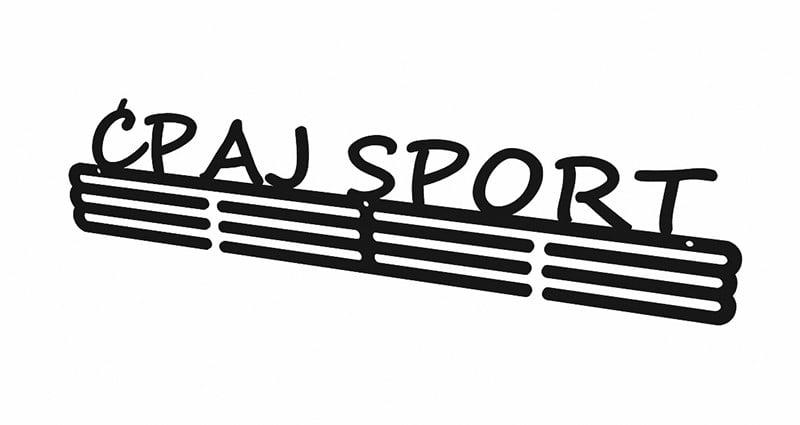 Wieszak na medale Ćpaj Sport dla sportowca bok