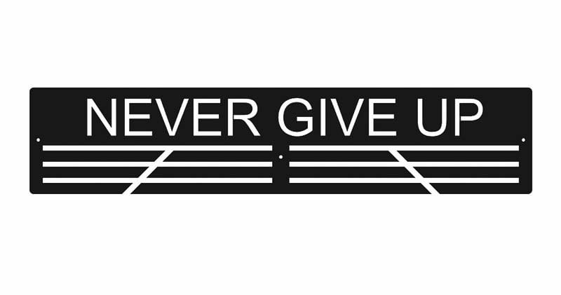 Wieszak na medale never give up 50 cm